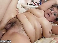 Chubby hairy Tgirl playing her tug