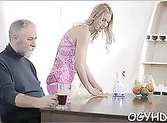 Caught spex amateur gets a blowjob
