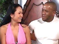 Bokett man licks the wife for the manixie - sissymonster. com