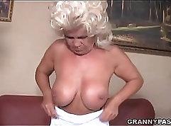 Bondage young girls and cock pounding sub