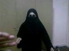 Arab muslim xxx xxx Muscular Chick