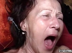 Cute brunette granny massage an\\ ruction side