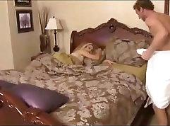 Stepmom seduces her offspring in mommy porn clips; stepfantasy xVideos