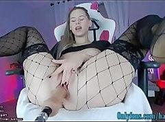 Blindfolded butt webcam model pounded by interrac