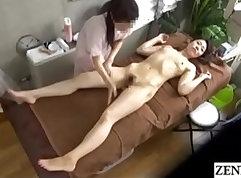 Blue eyed KittenJuice is the super shaking lesbian massage lover