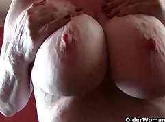 Chubby mature milf creampied in shop