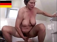 Angels Hairy Mincing Moan Landlord Invites Roommia to Spin