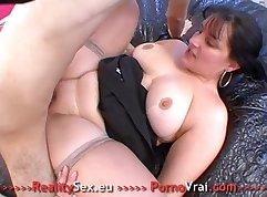 Cute chubby french xxx Amateur Threesome for Border Slut