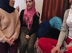 Arab phone xxx Masturbates for BBC