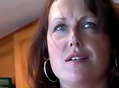 Chubby mom ends her exclusive sex session
