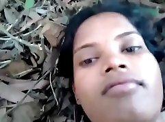 Busty girlfriend Sierra has hot outdoor sex